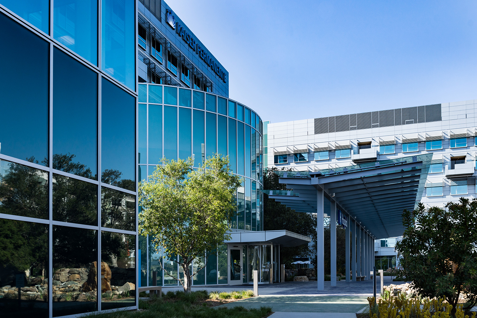 Kaiser S San Diego Medical Center Takes Cues From Design