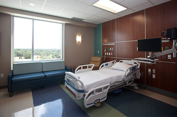 New hospital brings specialty health care to Texas Hill